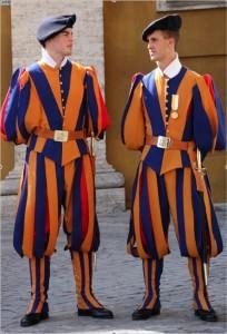 Les maximes d'Impreza Rome-vatican-garde-suisse2-204x300