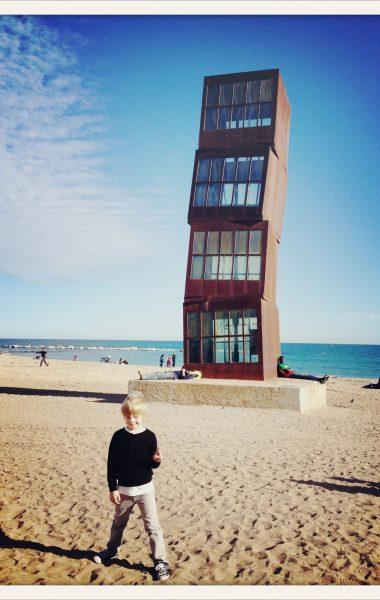 barcelone-en-famille-plage-barceloneta