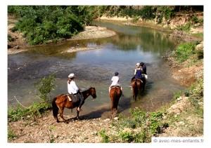 cuba-en famille-trinidad-cheval