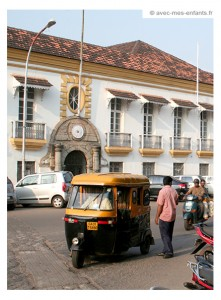 voyage-inde-en-famille-goa-rickshaw-panaji
