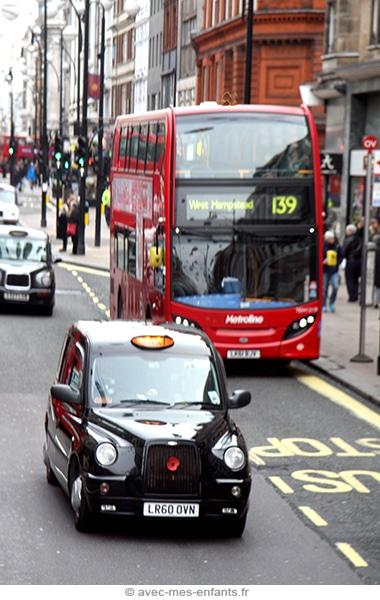 Londres en famille bus