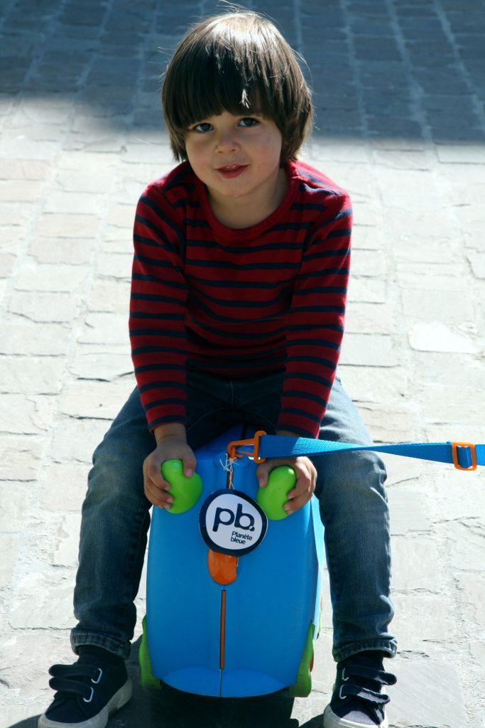 blog-voyage-en-famille-valise-des-enfants