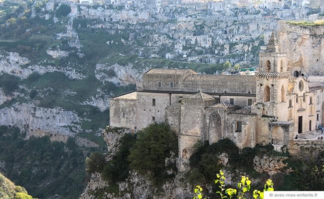 voyage-en-famille-matera-italie-eglise-chiesa-di-san-pietro