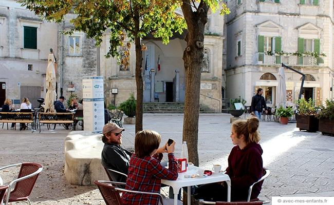 voyage-en-famille-matera-italie-piazza-san-antonio-abate