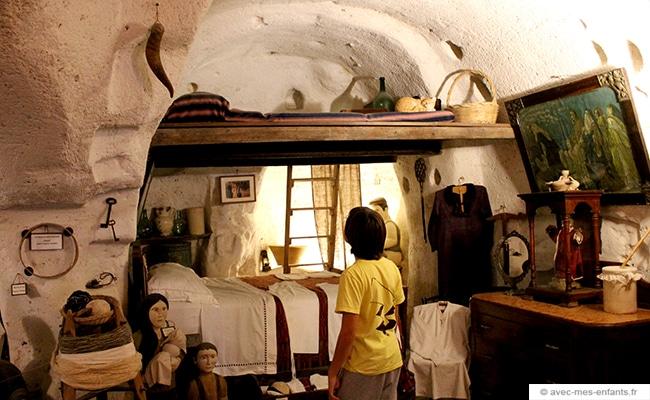 voyage-en-famille-matera-visite-casa-grotta-sasso-barisano