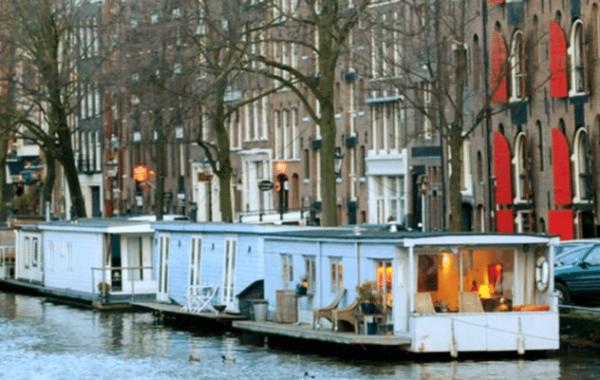 amsterdam-en-famille-pantheos-top-houseboat