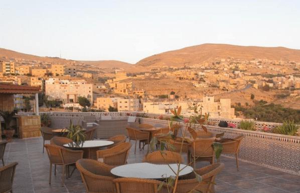 jordanie-en-famille-hotel-petra-moon