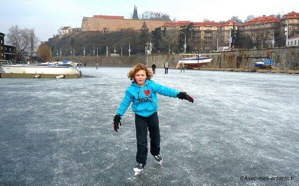 prague-en-famille-blog-voyage-patin-glace