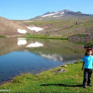 Voyage-en-famille-armenie-Lac-Kari -Arasak