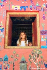 Laos-en-famille-temple-bouddhiste-luang-prabang