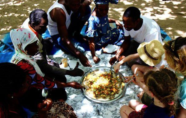 senegal-en-famille-delta-sine-saloum-dejeuner