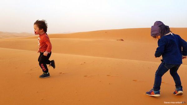 maroc-en-famille-dunes-merzouga