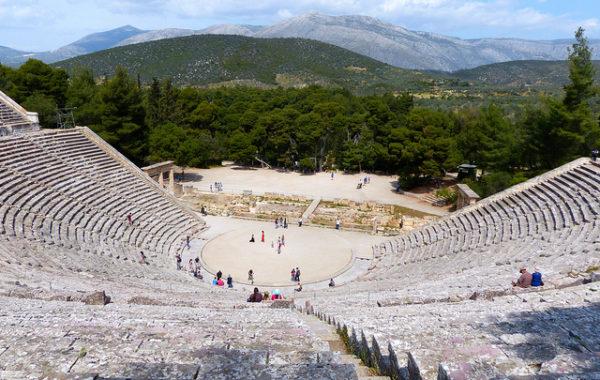grece-en-famille-epidaure-theatre