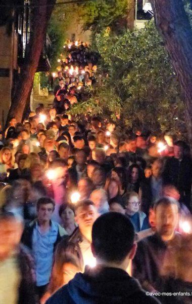 grece-en-famille-galaxidi-paques-procession