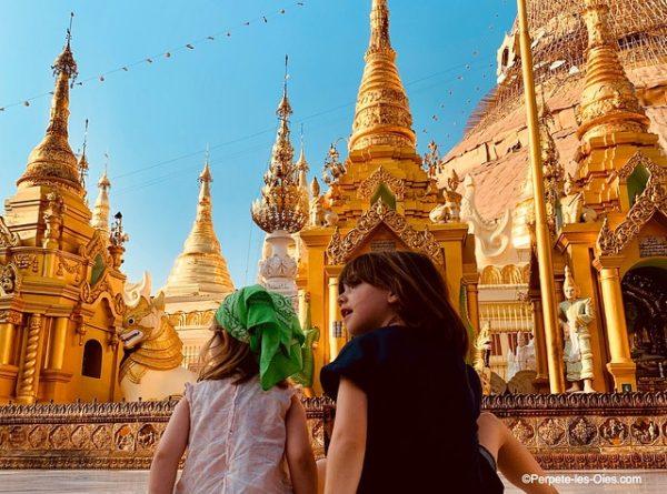 birmanie-en-famille-shwedagon-pagoda-yangon