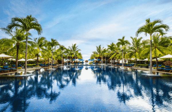 hoi-an-sunrise-premium-resort-vietnam-en-famille