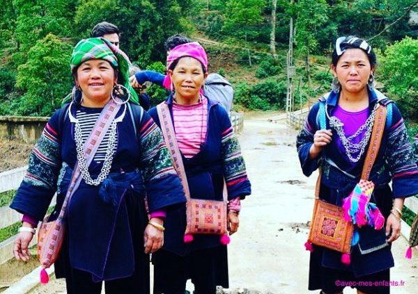 trek-vietnam-sapa-sisters-hmong