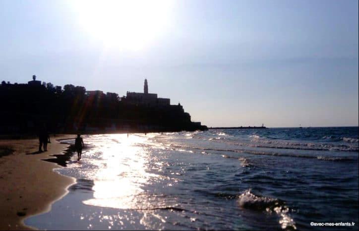 jaffa-plage-clock-tower-israel-en-famille