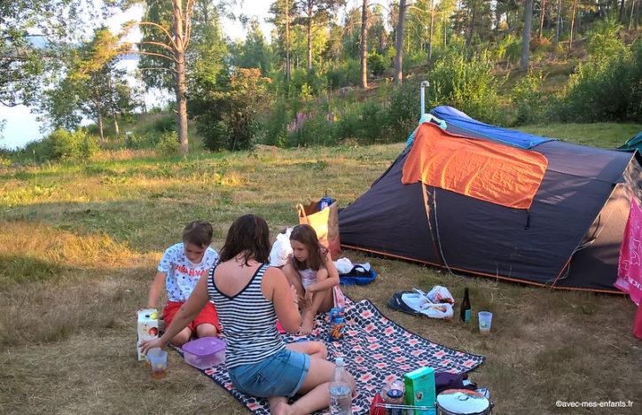 suede en famille haute cote camping