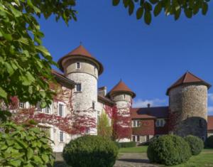 Annecy En Famille Dormir Au Chateau De Thorens