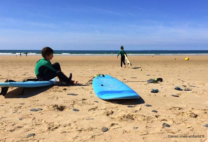 Cotentin en famille activité surf enfants