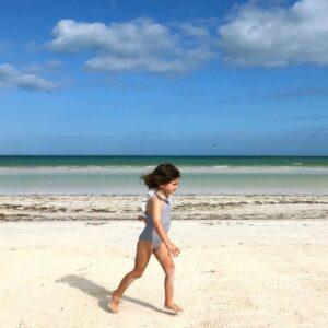 Yucatan-en-famille-ile-holbox-plage