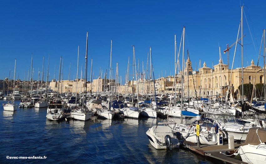 malte-en-famille-il-birgu-port